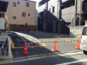 東京都23区 江東区 アスファルト駐車場撤去工事のイメージ画像