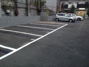 品川区平塚 駐車場アスファルト舗装・ブロック工事のイメージ画像