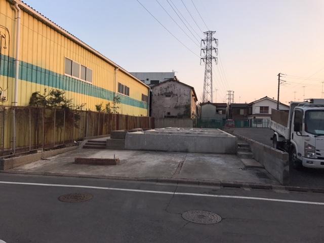 東京都足立区六町軽量鉄骨2階建解体工事のイメージ画像